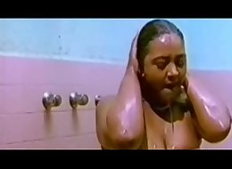 Shakeela seductive with a guy in Swimming pool